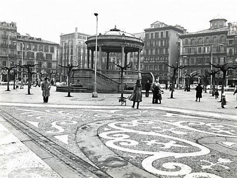mosaico-plaza del castillo-05
