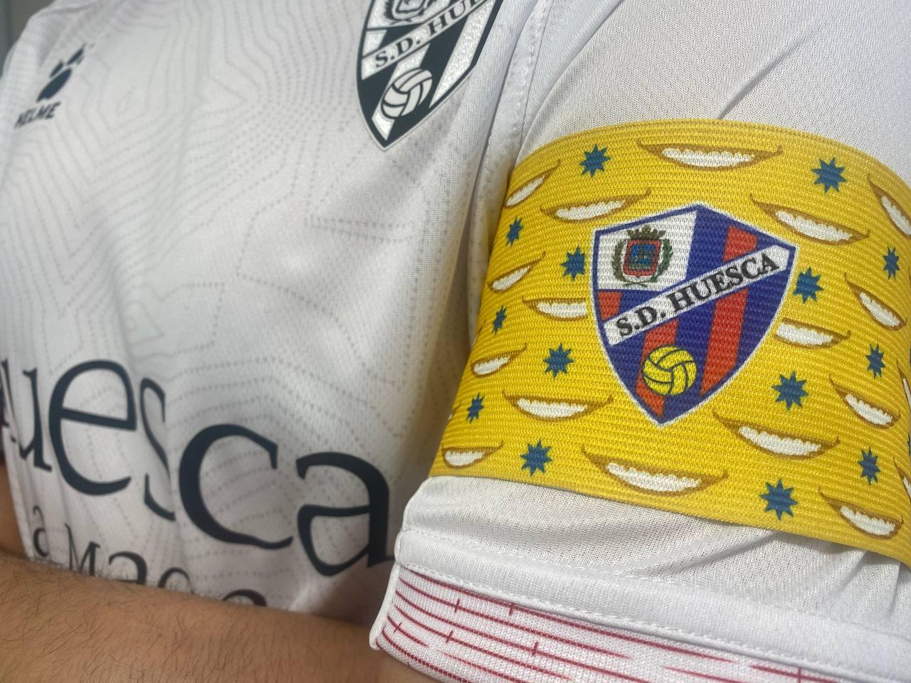Brazalete SD Huesca vs Cádiz CF
