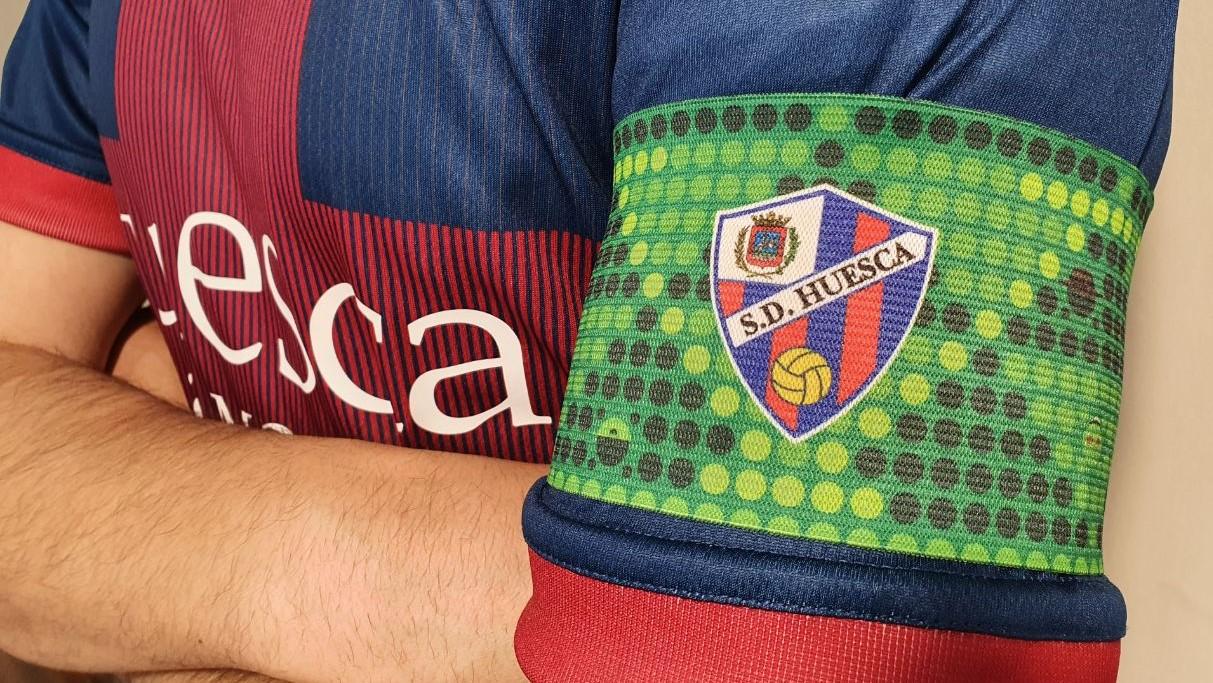 Brazalete SD Huesca vs Real Betis